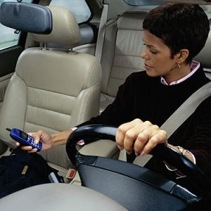 texting while driving and accident is a crime in California